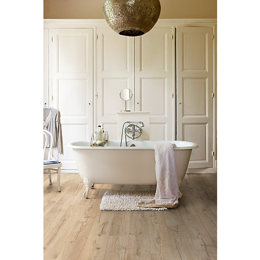 Quick Step Impressive Laminate Flooring Classic Oak Brown ...