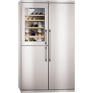 AEG American Side By Side Fridge Freezer With Wine Cooler - S95900XTM0