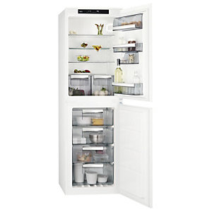 AEG 50/50 Integrated Fridge Freezer White SCE8181VNS