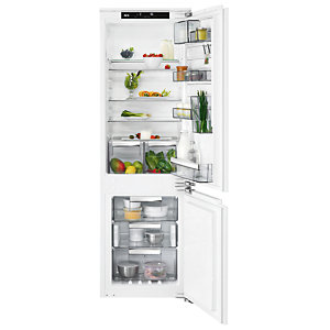 AEG 70/30 Integrated Flex Fridge Freezer White SCE8182VNC