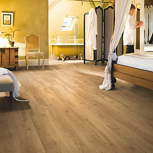 Quick Step Impressive Classic Oak Natural Laminate Flooring 1380 x 190 x 8mm Pack Size 1.835m2