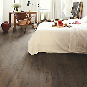 Quick Step Impressive Classic Oak Brown Laminate Flooring 1380 x 190 x 8mm Pack Size 1.835m2