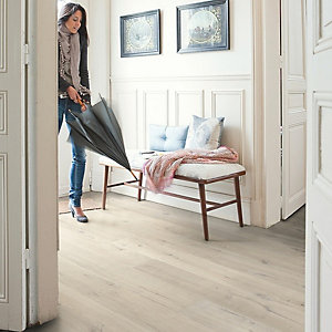 Quick Step Impressive Soft Oak Light Laminate Flooring 1380 x 190 x 8mm Pack Size 1.835m2