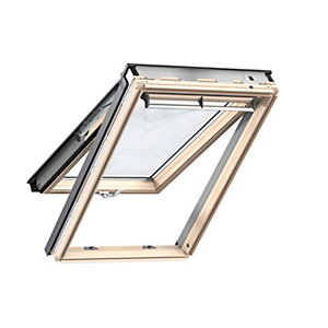 VELUX Top Hung Roof Window Lacquered Pine 1340mm x 1400mm GPL UK04 3070